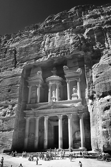 Sweetman photoinfrared view of treasury at petra down siq