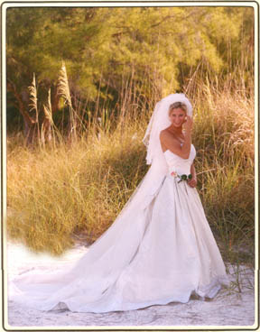 www.garysweetman.com beach bridal portrait wedding dress Anna Maria Florida Bradenton Beach Bride
